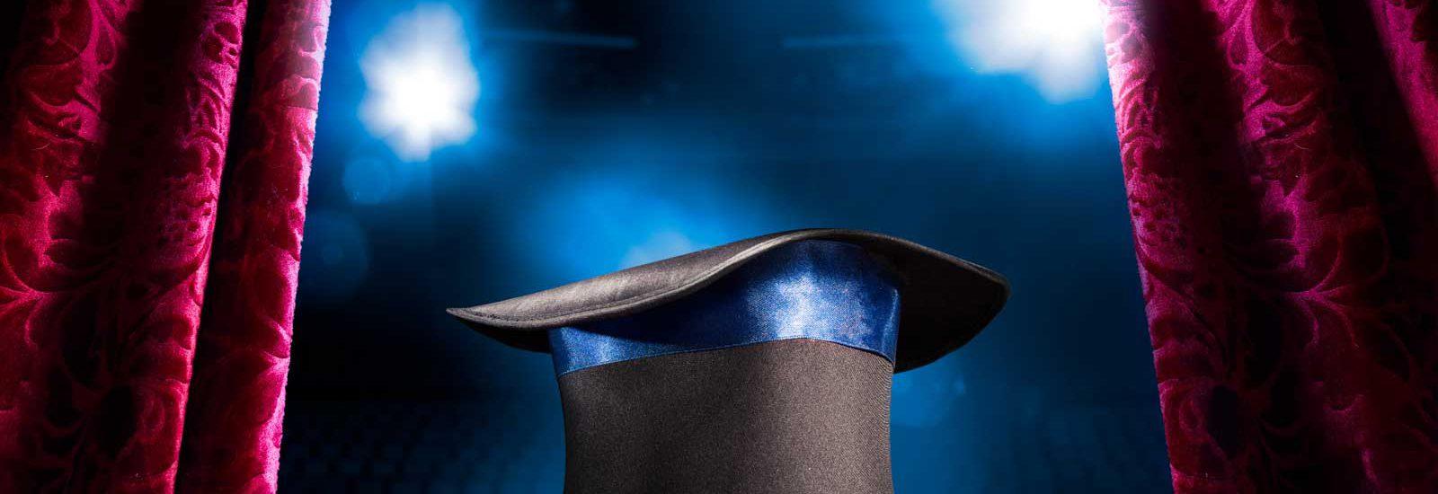כתיבה שיווקית לעסקים - כובע קוסמים